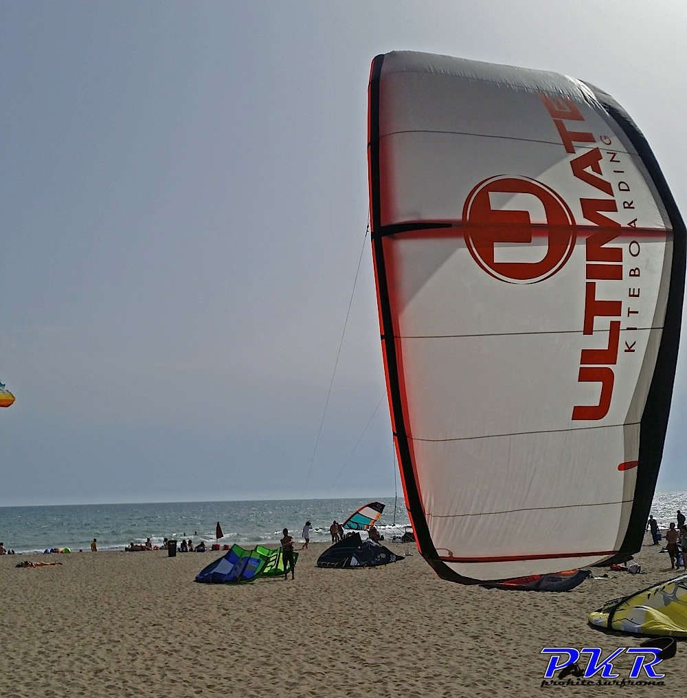 Ultimate Kiteboarding freestyle kite