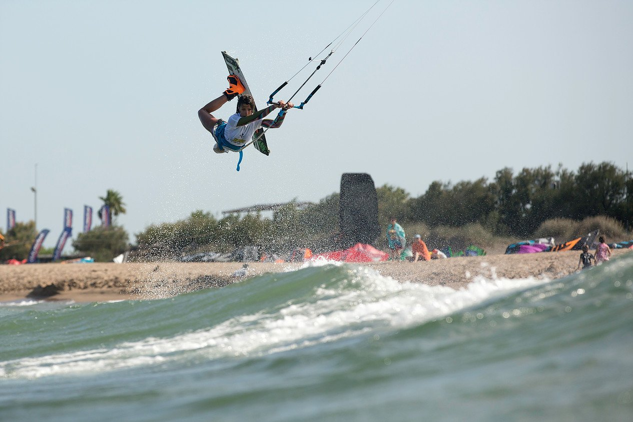 wkt world kitesurf tour