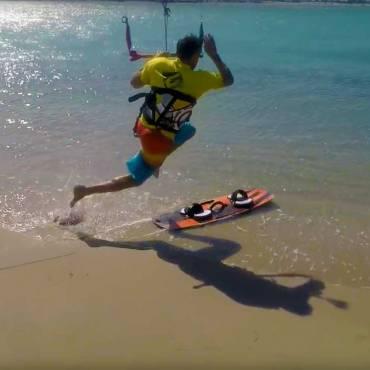 Scuola Kite Surf: come correre e salire al volo sulla tavola