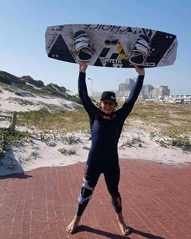 Joshua Emanuel record kite jump