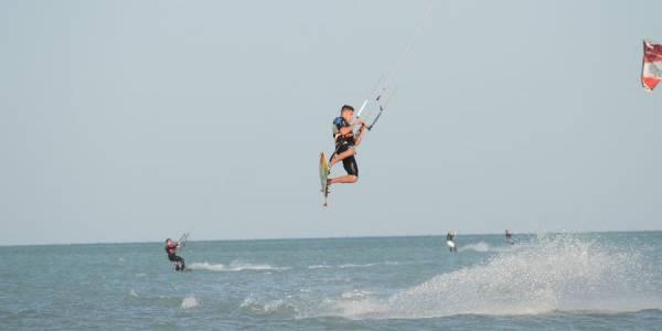 Pro Kitesurf Roma Kite Camp Berenice Simone Lori Big Jump 2139