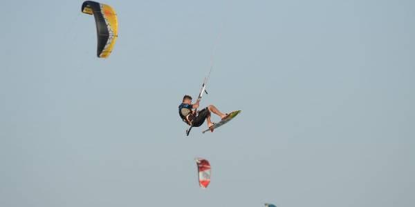 Pro Kitesurf Roma Kite Camp Berenice Simone Lori Big Jump 2142