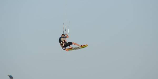 Pro Kitesurf Roma Kite Camp Berenice Simone Lori Big Jump 2145