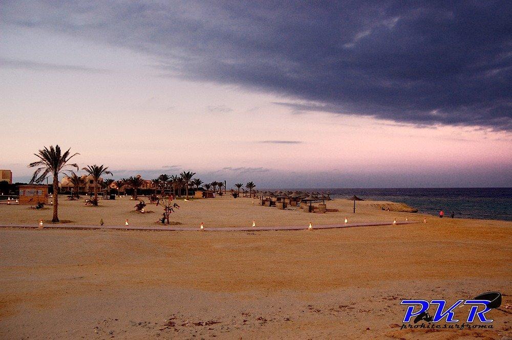 Corso-di-kitesurf-kiteboard-scuola-imparare-kitesurfing-Berenice-Egitto-Kite-Camp04.jpg
