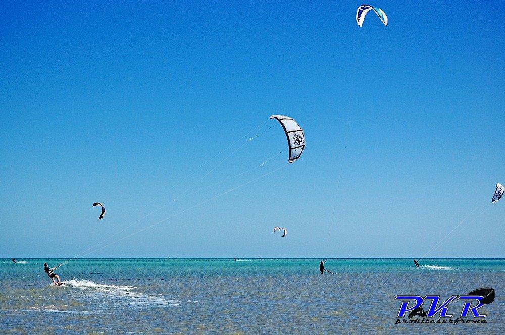 Corso-di-kitesurf-kiteboard-scuola-imparare-kitesurfing-Berenice-Egitto-Kite-Camp07.jpg