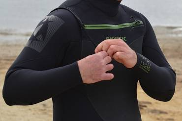 Test: Winter wetsuit MYSTIC LEGEND front zip 5.3