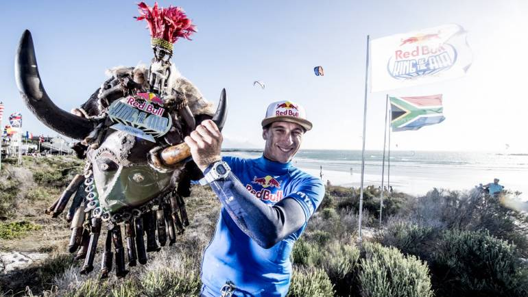 Aaron Hadlow vince il Red Bull King of the Air 2015