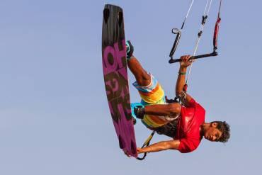 Carlos Mario, astro nascente del kiteboarding freestyle