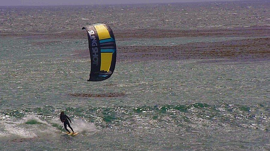Slingshot SST wave kitesurf 01
