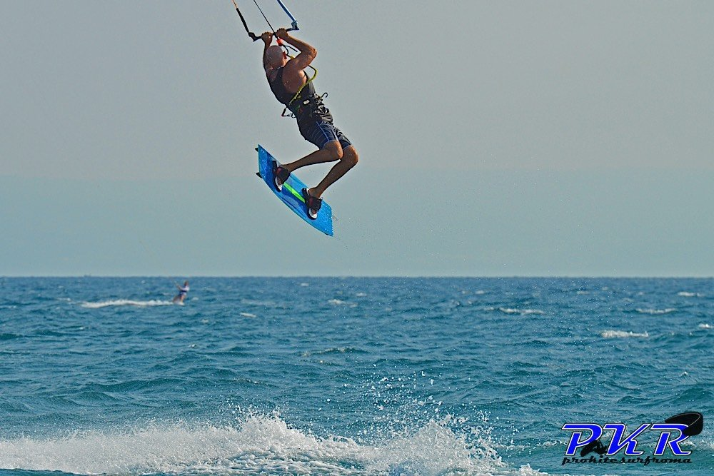 Osso Kite Surf Kiteboard freestyle 08