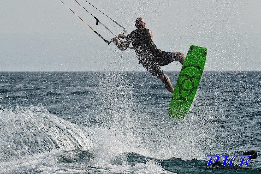 Osso Kite Surf Kiteboard freestyle 10
