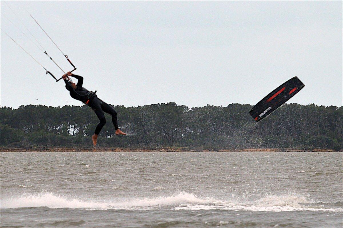 kitesurfing crash cadute23