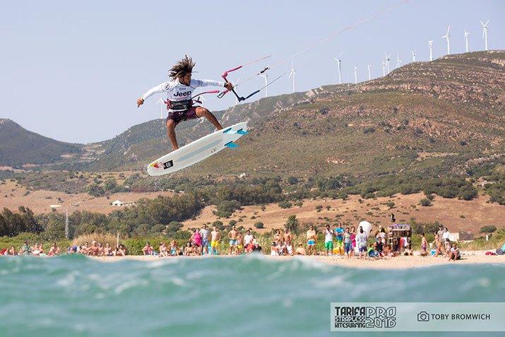 Tarifa Strapless Kitesurfing Pro10