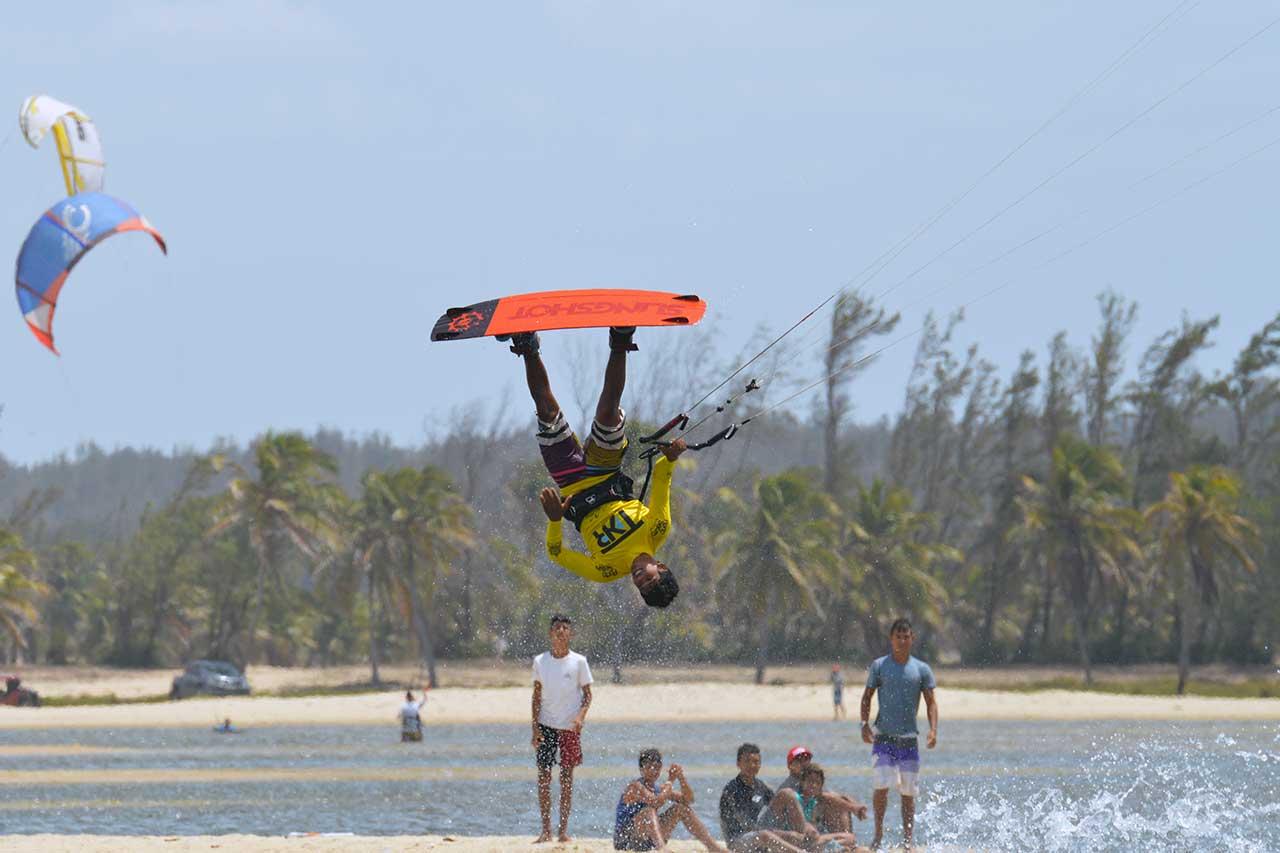 brasile-kitesurf-fortaleza-cumbuco-01
