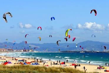 Kitesurfing a Tarifa, dove si pensava finisse il Mondo