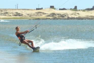 Francesca Bagnoli conquista il Campionato del Mondo di Kitesurfing Freestyle