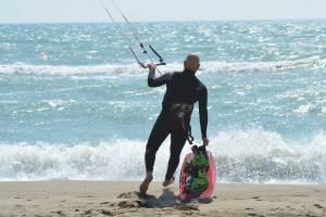 kitesurfing-ostia-scuola-kiteboarding-roma-03