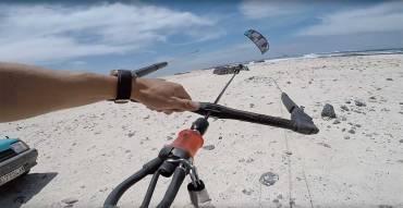 Come lanciare il kite da soli usando l'auto ed oggetti statici – Kite Self Lunch
