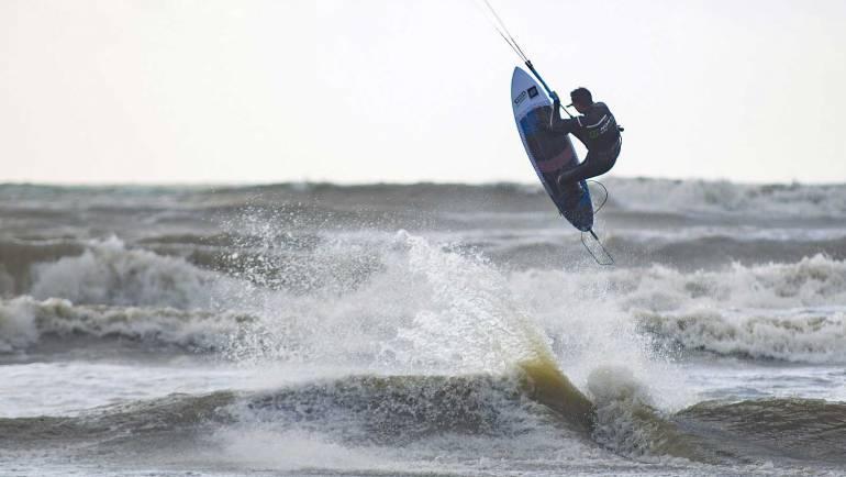 PKR Kitesurf video Blog nr.1 – Romano Raspini a Marina di San Nicola