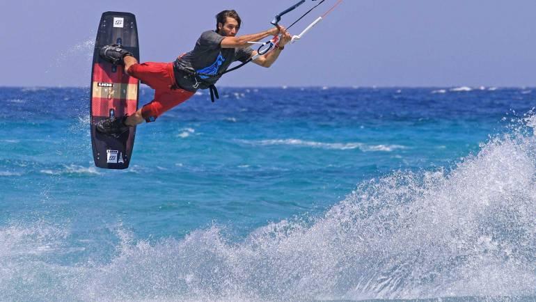 Emanuele Minutello – Lezioni avanzate di kitesurfing freestyle a Stagnone – Agosto 2018