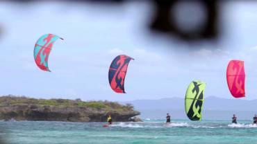 BANDIT XII – Storico kite di F-One raccontato in video da Raphael Salles