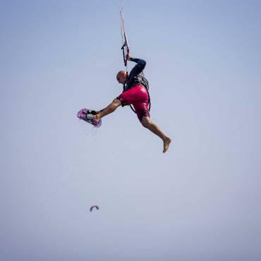 Un grande giorno di kitesurf – La bomba di Campo di Mare