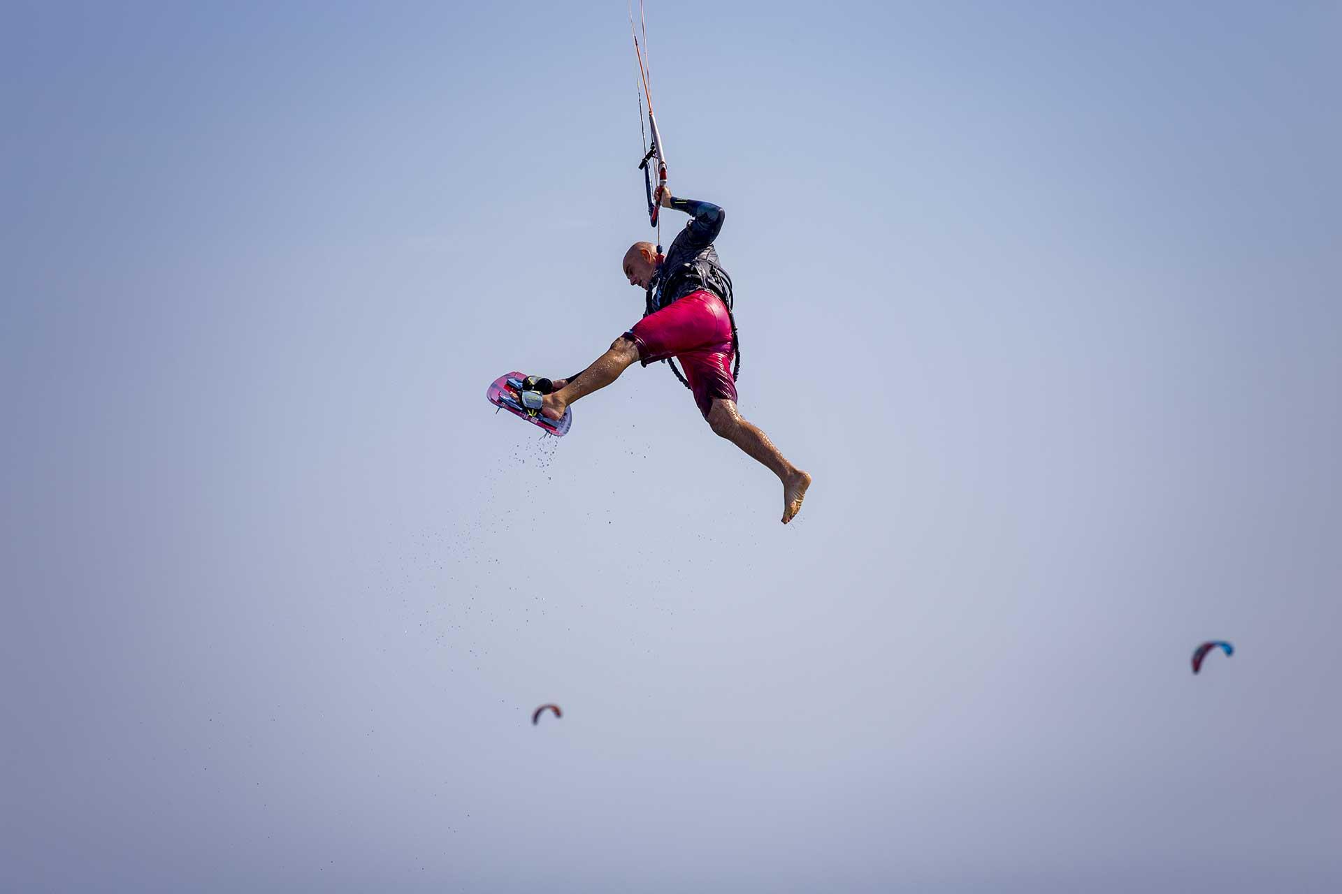 Grande giorno di kitesurf Campo di Mare