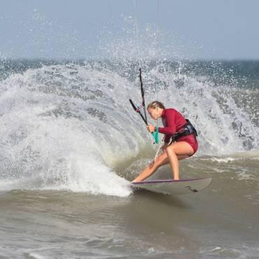 Competizione kitesurfing wave – Cape Hatteras Wave Classic 2018