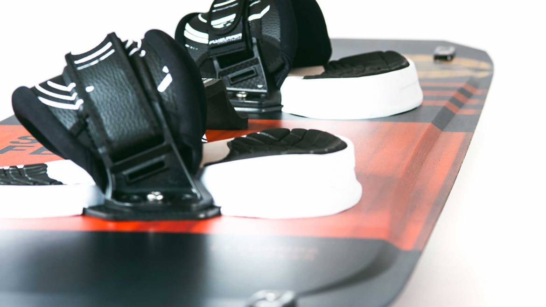 Flydoor 6: tavola twin-tip per vento leggero prodotta da Flysurfer Kiteboarding
