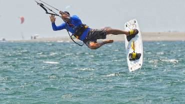 Incidenti spettacolari nel kitesurf – Video compilation