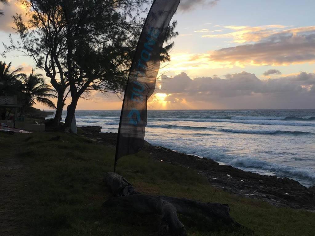 Kitesurf Barbados waveKitesurf Barbados wave