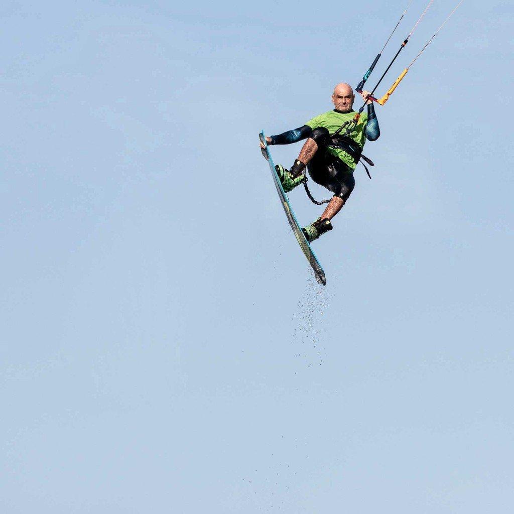 Imparare i salti con il kitesurf