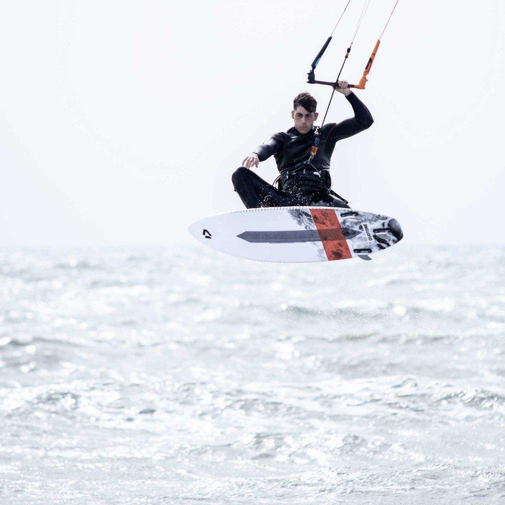 Kitesurf freestyle Strapless lezioni Roma