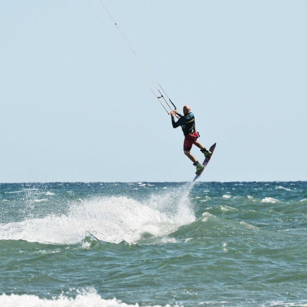 Lezione kitesurf salti