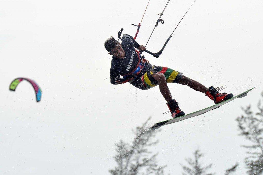 I ragazzi nel kitesurf